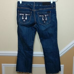 Seven7 Distressed Jeans cutoff to capris size 6
